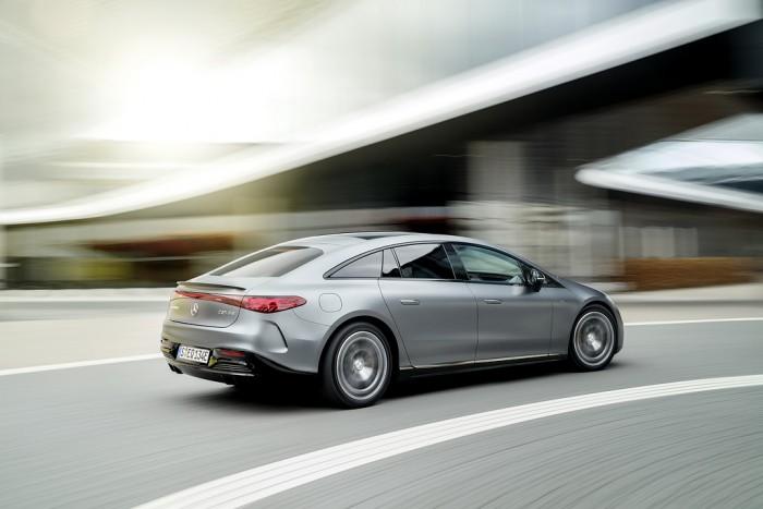 Mercedes-AMG-EQS-53-4-MATIC-Stromverbrauch-kombiniert-WLTP-23-9-21-5-k-Wh-100-km-CO2-Emissionen-komb