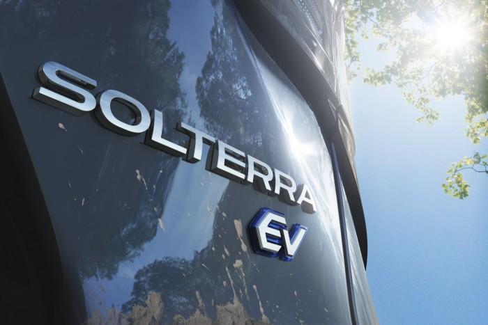 2023-Subaru-Solterra-11