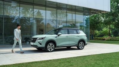 SAIC-GM 울링의 프리미엄 준중형 SUV, 아스타 공개
