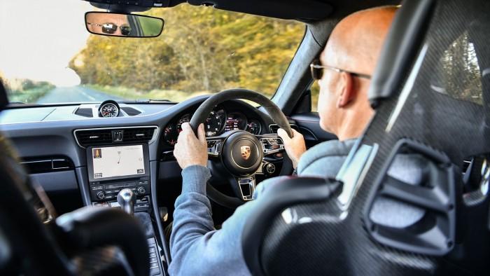 2018 포르쉐 911 카레라 T 리치필드 리뷰
