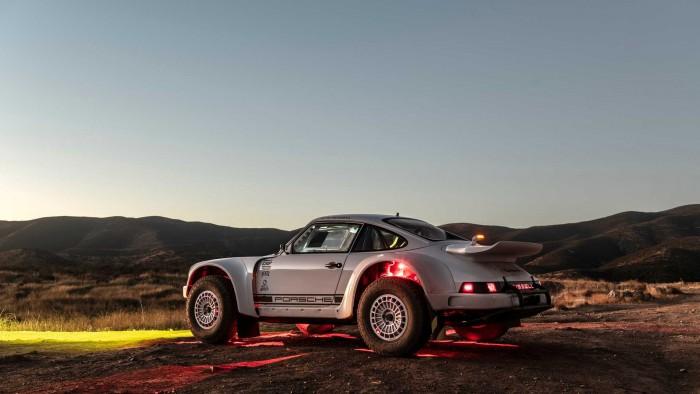 오프로더로 변신한 포르쉐 911 By Russell Built Fabrication